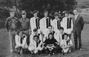 Meistermannschaft 1972 nach Reiners (stehend 3. v. r.) Rückkehr